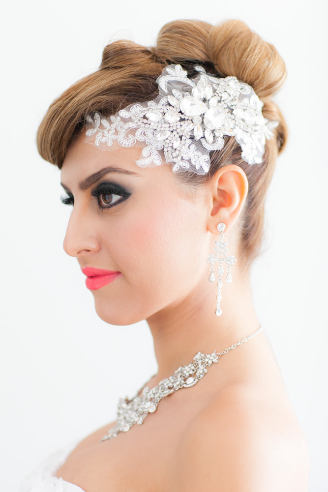 Krisada Makeup Artist and Hair Stylist located in Phuket and travel to service all area of Thailand