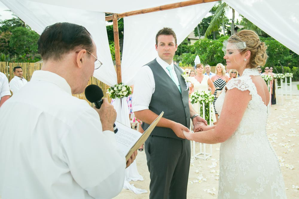 Wedding Celebrant in Samui Thailand