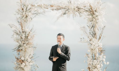 Chinese speaking Wedding Celebrant in Phuket and Koh Samui